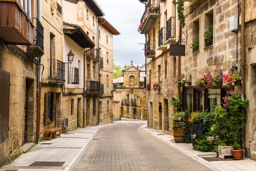 Labastida - Rioja Alavesa ( Hotel Asador Jatorrena)